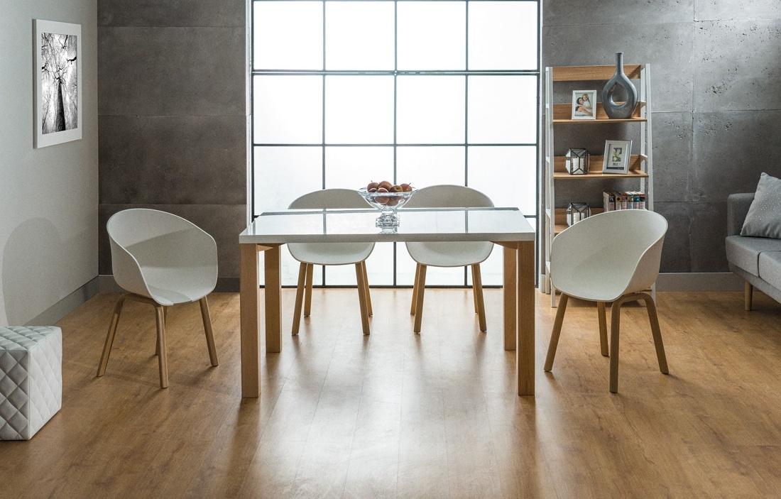 Jedálenská stolička EGO biela/dub