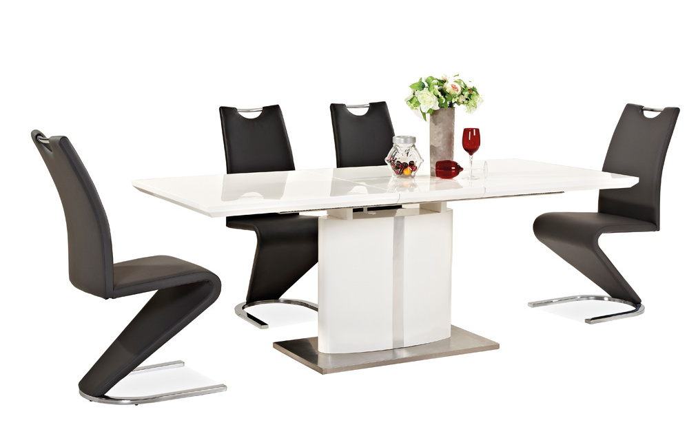 Jedálenská čalúnená stolička H-090 čierna